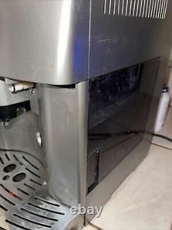 BRAND DeLonghi Magnifica 3500 Automatic Espresso Machine ESAM3500 As Shown Read