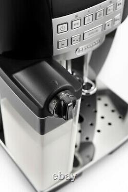 De'Longhi Bean to Cup Coffee Machine Magnifica S ECAM22.360. B. Refurbished