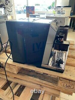 De'Longhi Eletta Cappuccino Top Coffee Machine ECAM 45.760. B- 3 Months Warranty