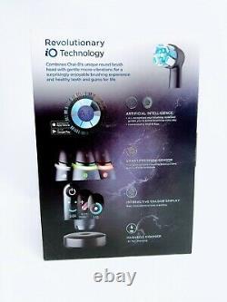 Oral B iO8 Electric Toothbrush White Alabaster & Black Onyx Duo Pack
